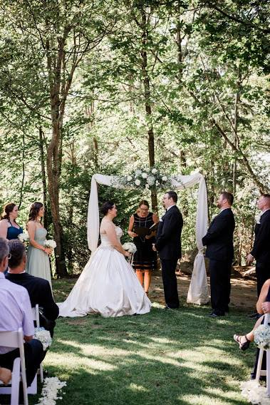 Wedding Officiant in Seattle, WA