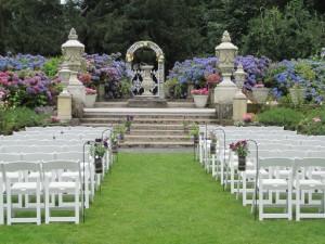 Thornewood Castle Elaine Way Seattle Wedding Officiants Nondenominational Minister