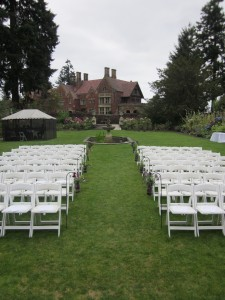 Thornewood Castle, Elaine Way, Seattle Wedding Officiants, Nondenominational minister, Seattle Wedding