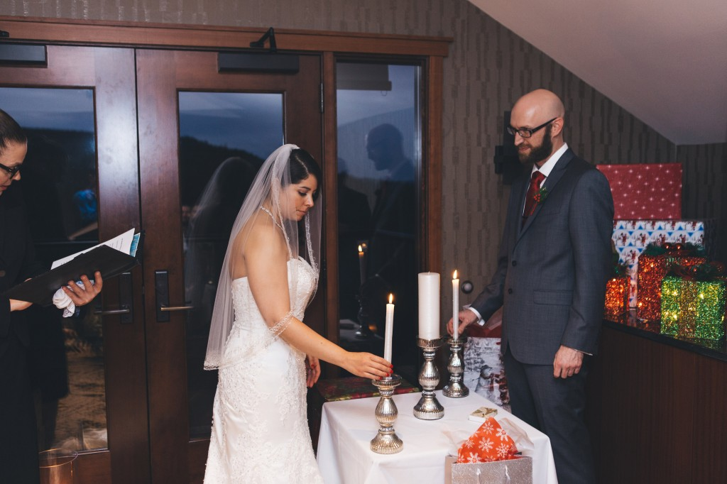 Seattle Wedding Officiants, nondenominational minister, Elaine Way, Salish Lodge, Small Wedding
