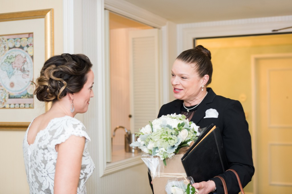 Seattle Wedding Officiants, Elaine Way, Small Fairmont Hotel Seattle Wedding, Jeanne Phinney Photography, Seattle Officiant, Seattle Officiant Wedding, Seattle Wedding Officiants non-religious