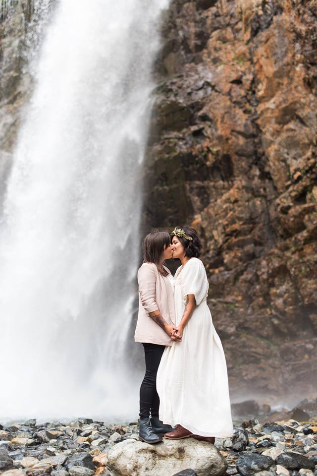 Elopement Concierge, Seattle Wedding Officiants, Elope Seattle, Jeanne Phinney Photography, Last Minute Wedding, Wedding Officiant, Small Wedding, Franklin Falls, Elaine Way