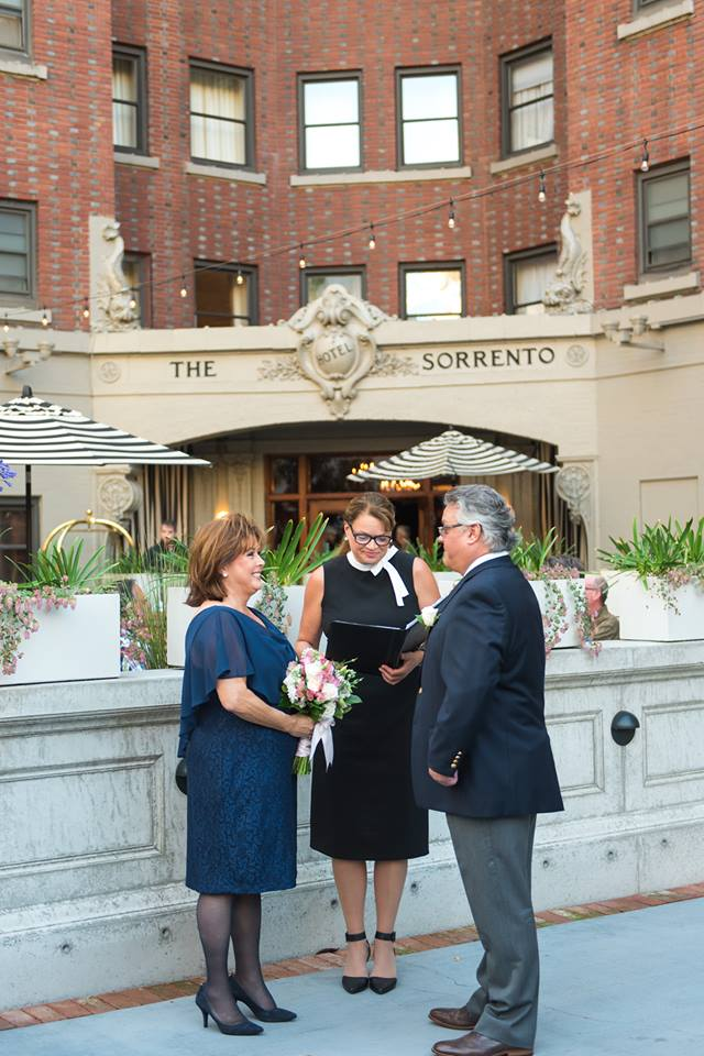 Elopement Concierge, Seattle Wedding Officiants, Elope Seattle, Jeanne Phinney Photography, Last Minute Wedding, Wedding Officiant, Small Wedding, Hotel Sorrento, Elaine Way