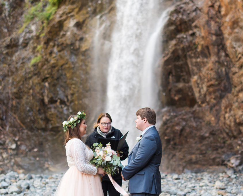 Elope Seattle, Elope with Seattle Wedding Officiants, Seattle Wedding Officiants, Seattle Elope, Wedding Officiant, Wedding Minister, Last Minute Wedding, Franklin Falls