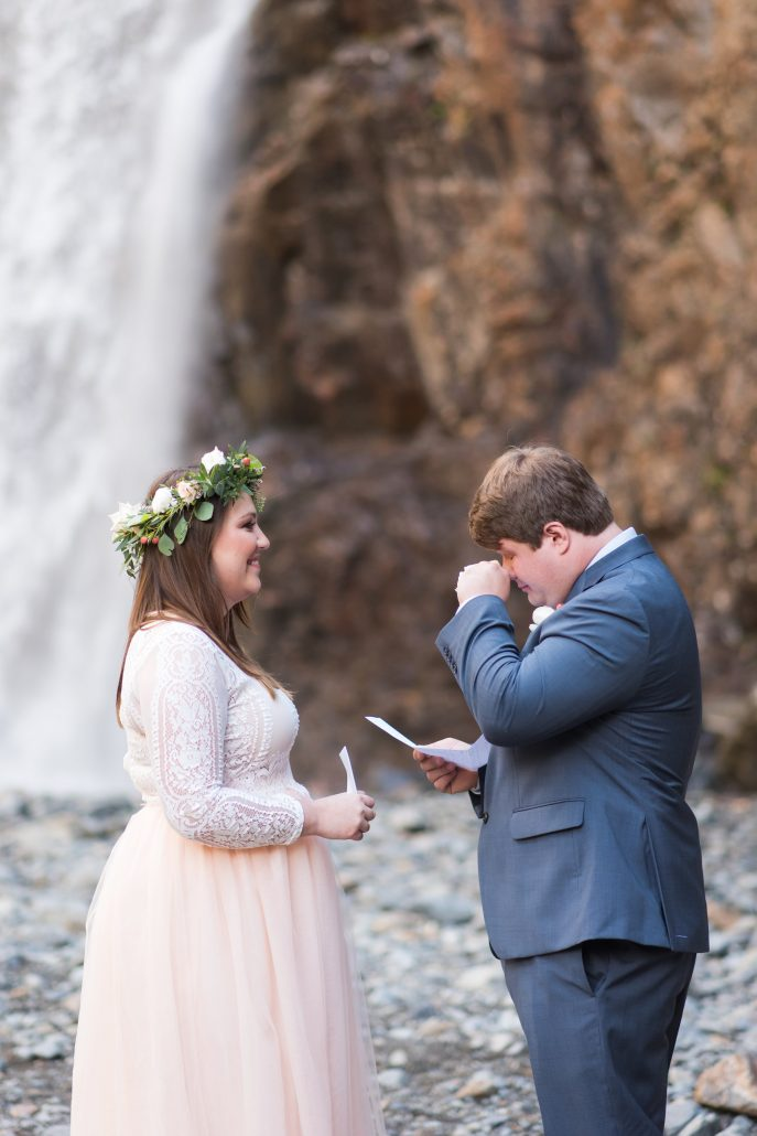 Seattle Wedding Officiants, Seattle Elope, Franklin Falls, Jeanne Phinney Photography, Elaine Way, Elopements Seattle, small wedding, waterfall wedding