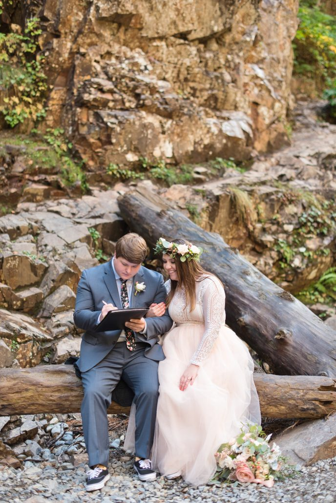 Seattle Wedding Officiants, Seattle Elope, Franklin Falls, Jeanne Phinney Photography, Elaine Way, Elopements Seattle, small wedding, Waterfall elopement