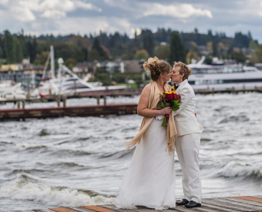 Elope Seattle, Elope with Seattle Wedding Officiants, Seattle Wedding Officiants, Seattle Elope, Wedding Officiant, Wedding Minister, Last Minute Wedding, Kirkland Marina Park Pavillon