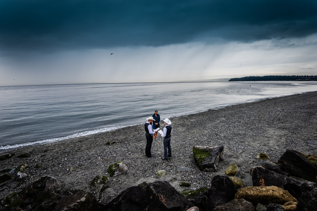 Seattle Wedding Officiants, Elope Seattle, Seattle Elopements, Discovery Park Elopement, Rick Takagi Photography, Wedding Officiant, Washington Elopements